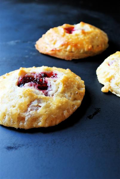 cranberry hand pies | heedthefeed